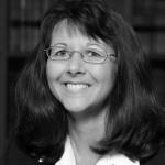 Headshot of Suzanne Hindmarsh - Conveyancer at Everingham Solomons Tamworth