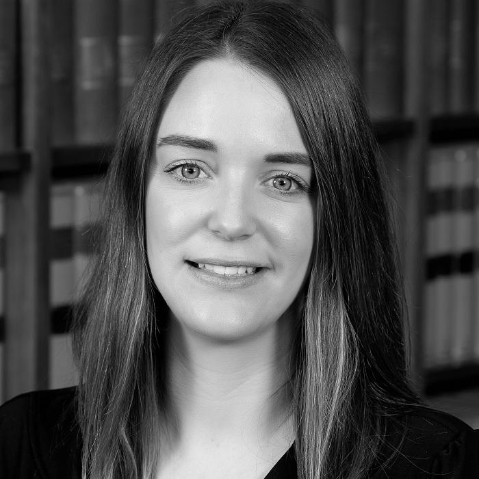 Headshot of Lisa Biddle - Conveyancer at Everingham Solomons Tamworth